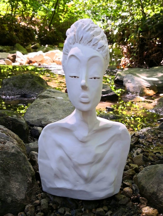 THE EMPRESS, sculpture by Cathy Yersin